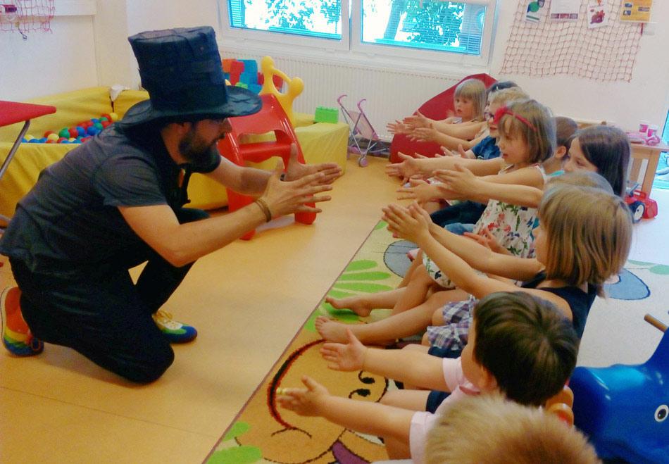 Čáry Kluk kouzelník pro děti a děti
