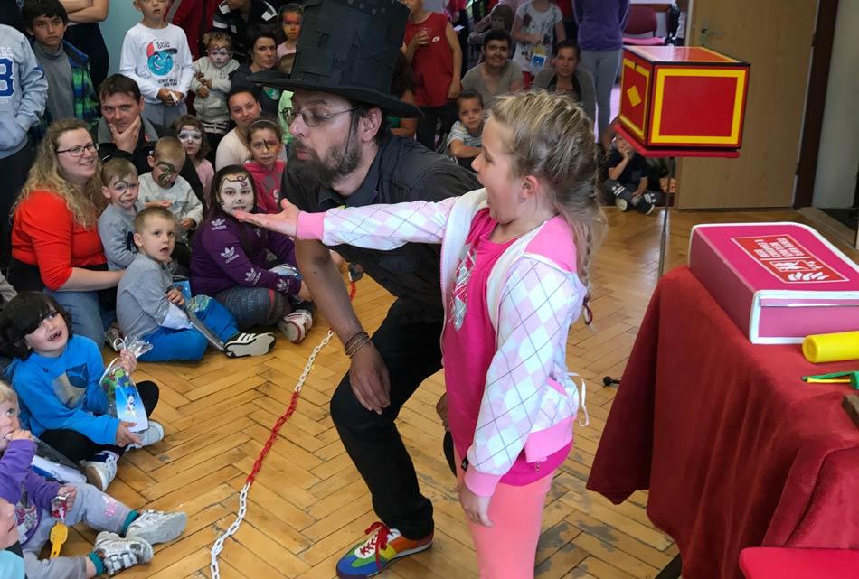 Kouzelník Rumburk - Čáry Kluk - den dětí