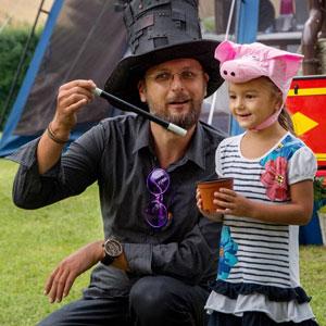 Kouzelník na narozeninách